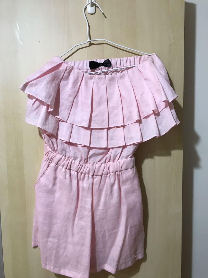 粉紅千層荷葉邊平口連身褲