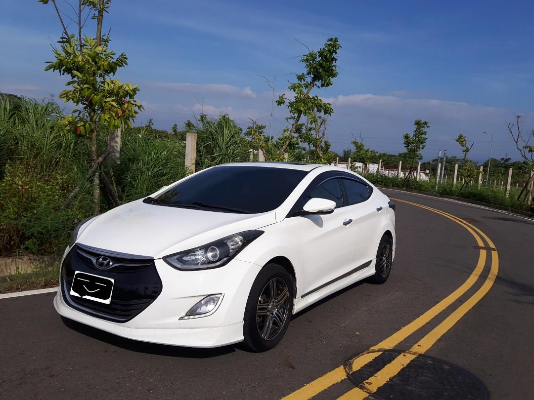 Hyundai Elantra 白【只賣好車,服務至上】【只要敢問,就是便宜】【熱門中古車】【全額貸款】【五大保證】