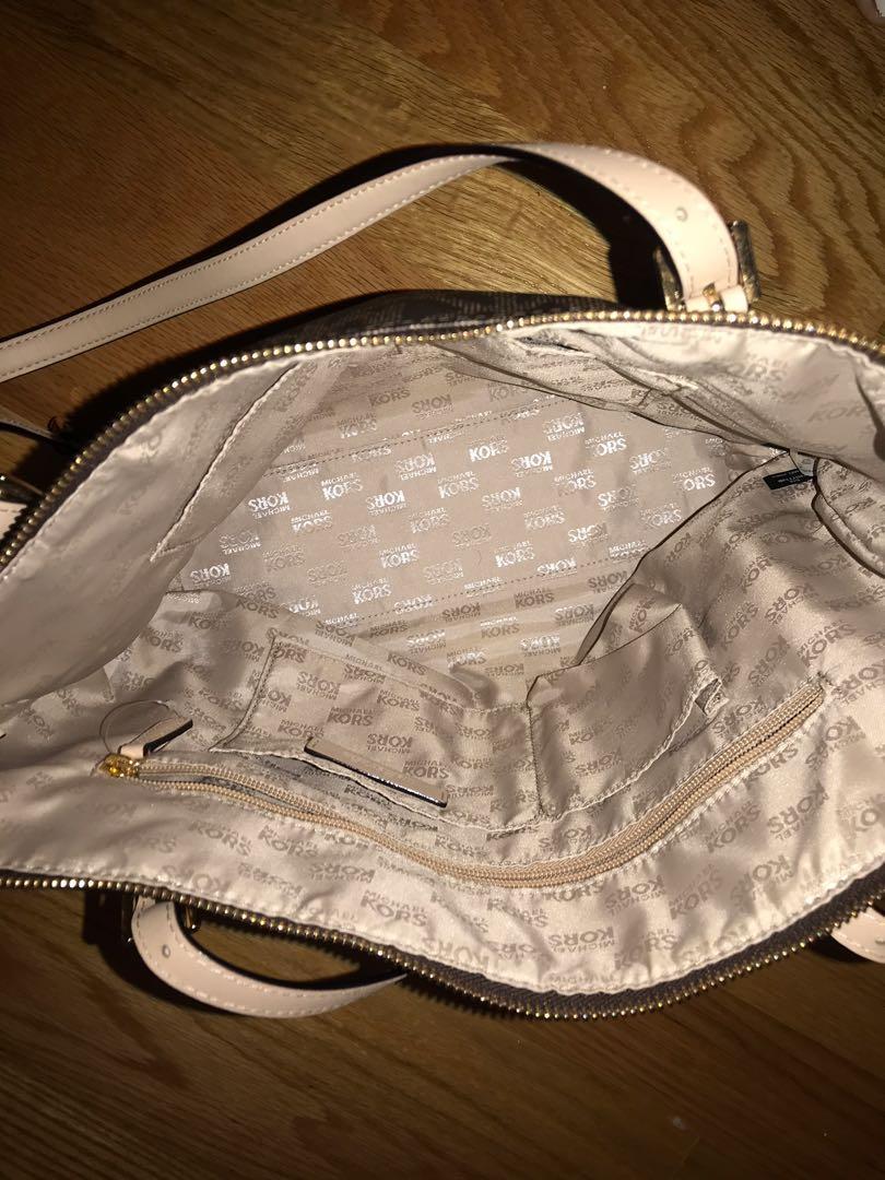 MICHAEL KORS Jet Set Large Saffiano Leather Top-Zip Tote Bag
