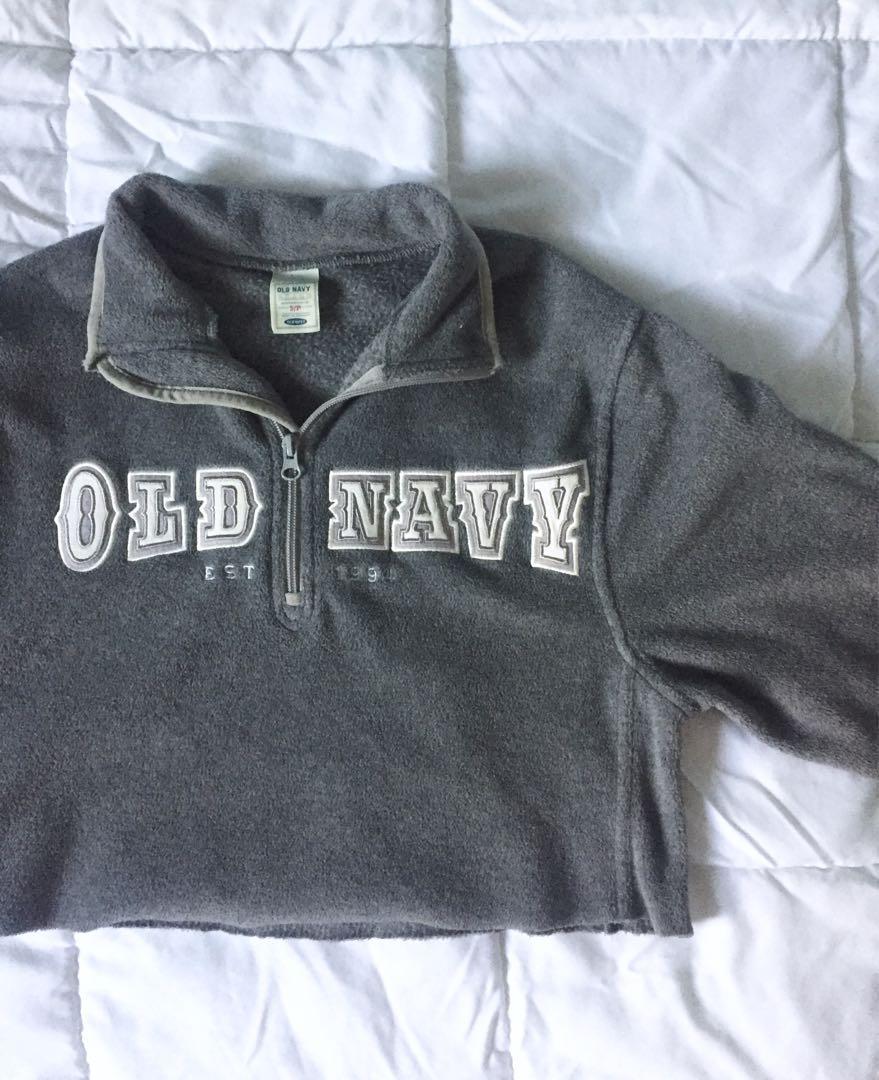 Old Navy Cropped Fleece Quarter Zip-Up Sweater in Grey