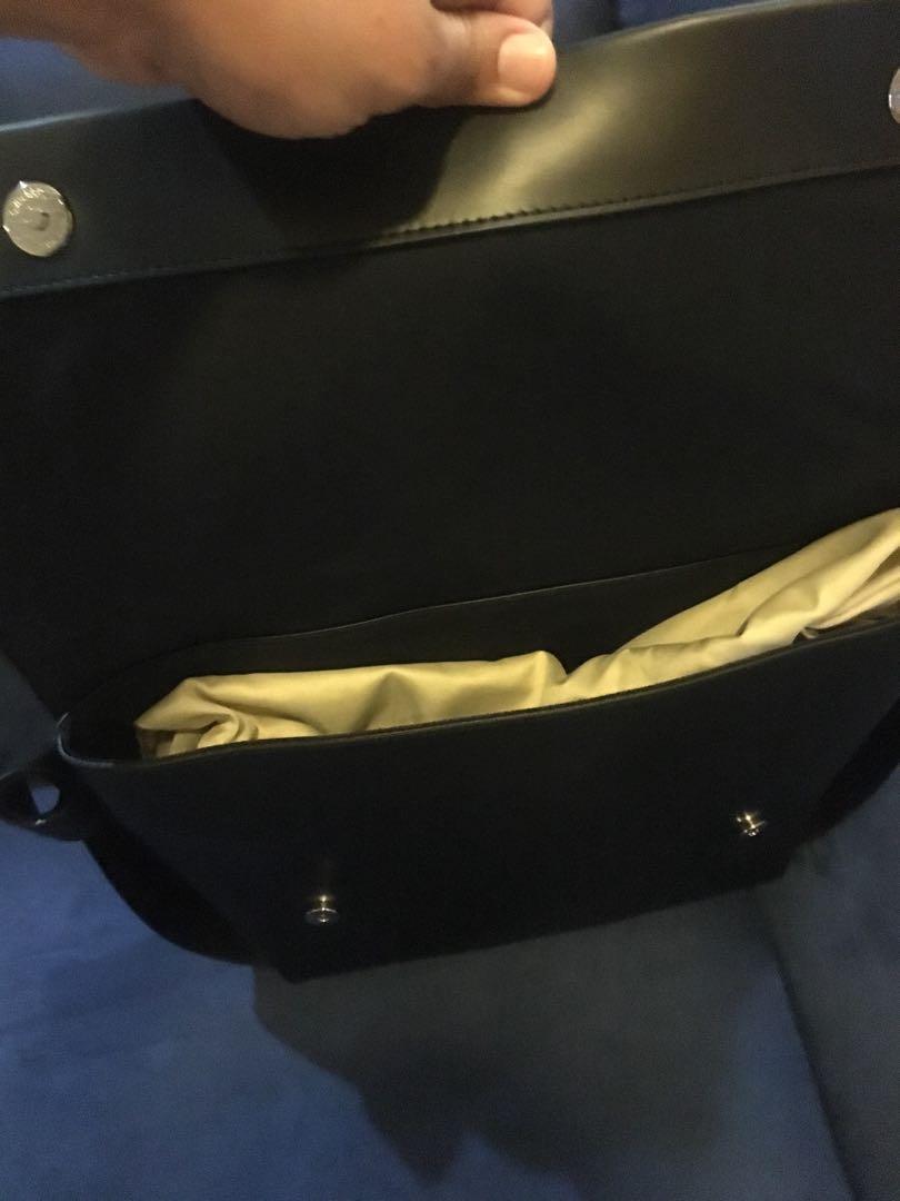 Tas tangan/pundak premium leather Pomelo 26.5x30cm #LalamoveCarousell
