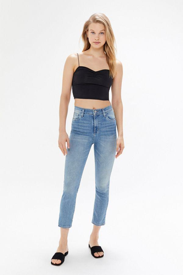 urban outfitters bdg girlfriend high rise cropped jeans