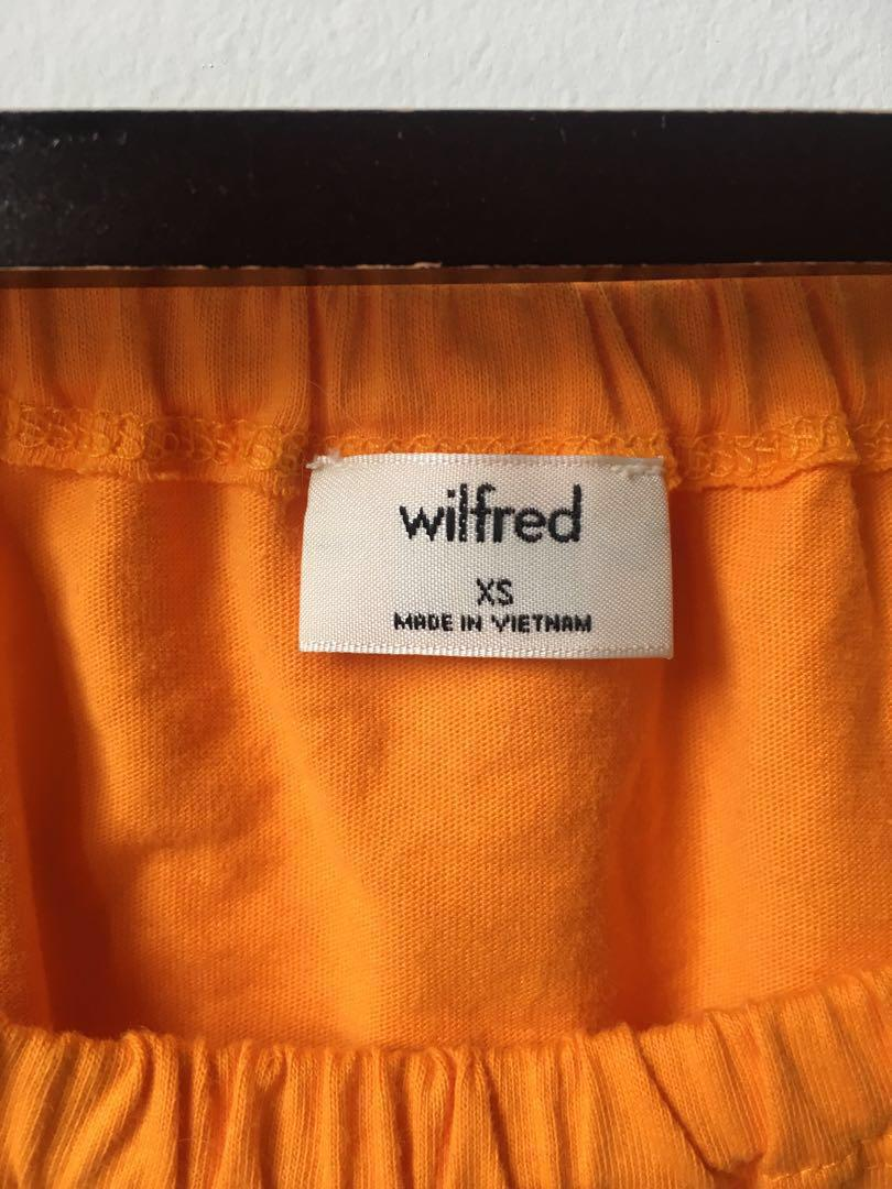XS Wilfred Adelisa t-shirt from Aritzia in vibrant or bright yellow