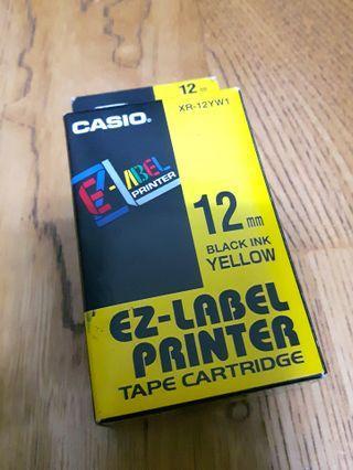 CASIO 卡西歐 12mm XR-12YW1 黃色底黑子字 原廠標籤色帶  #外包裝有拆過但未使用