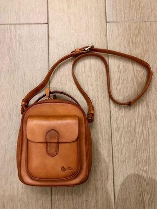 💼 Vintage Snail Leather Sling Bag 復古皮包