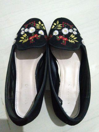 Vinci Flat Shoes
