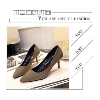 Sepatu heels wanita import heels stiletto velvet coklat gelap