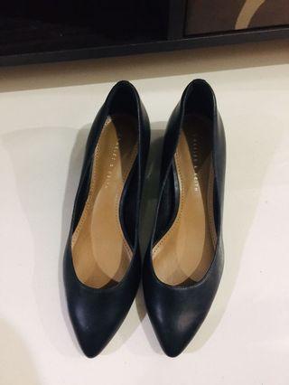 Heels charles & keith ( size 36 )