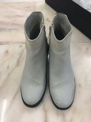 [used] Charles Keith Ankle Boots