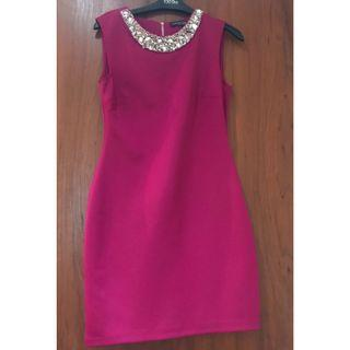 (New without Tag) Dorothy Perkins Cherry Pink Embellished Bodycon Dress  M size