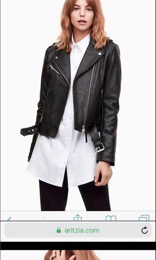 Mackage leather jacket-MEDIUM