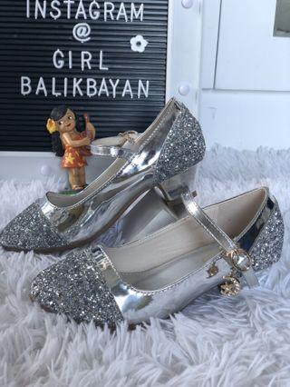 Princess silver shiny low heeled shoes with easy access