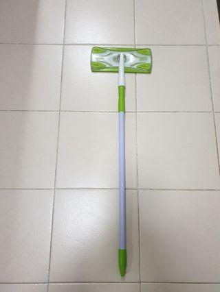 Scotch brite floor sweeper