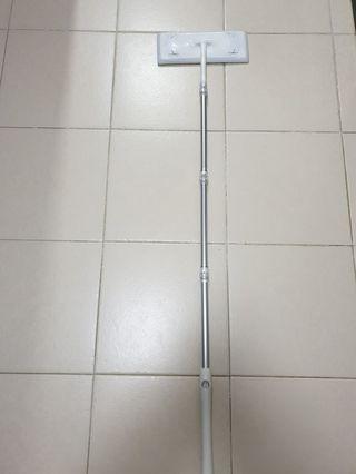 Magic clean floor sweeper