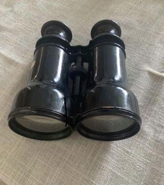 🚚 Vintage Binoculars