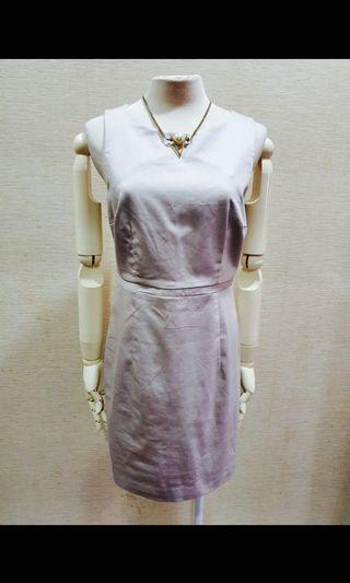 H&M全新露背洋裝