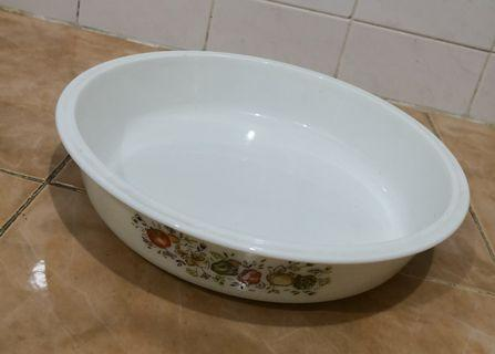 Pyrex spice of life shallow casserole bowl
