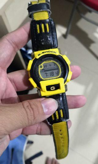 G-shock dw003 used