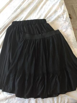 Bundle pleated skirts