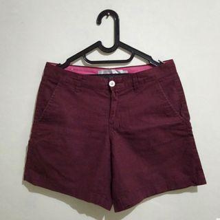 Giordano Short Pants Red #LalaMoveCarousell