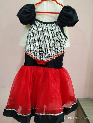 Pergorance dress/ Party dress