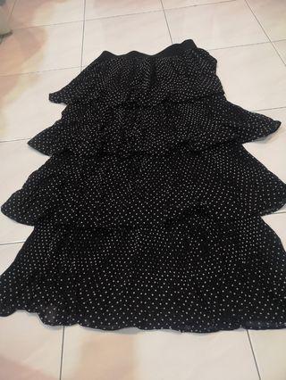 🚚 Chiffon polka-dot skirt