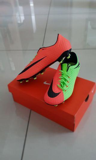 Nike Hypervenom 3rd grade
