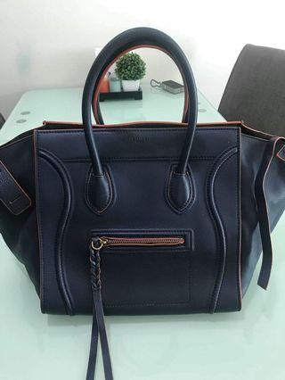 54f5948f891e3 Celine Medium Luggage Phantom bag in Grained calfskin.