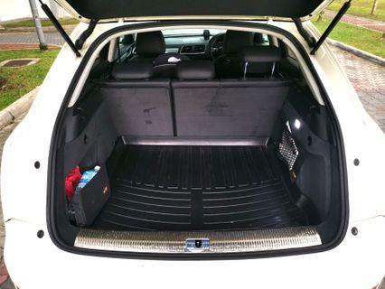 Audi Q3 2.0 waterproof boot mat