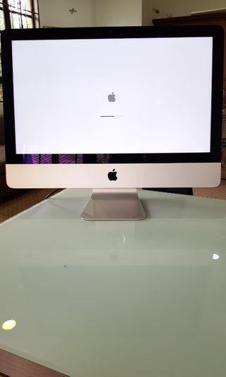 "Slim iMac 21.5"" Tip Top Condition"