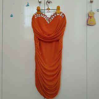 Dress oranye blink