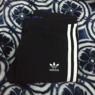 🚚 Adidas緊身褲