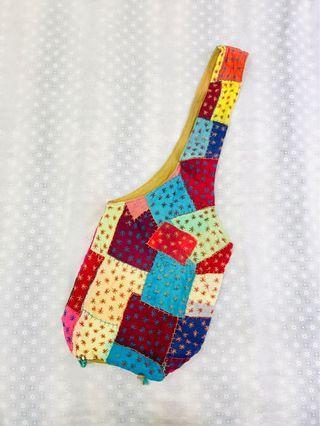 泰國帶回 手工彩色拼布斜背包