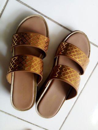 #LalamoveCarousell sandal Cerelia