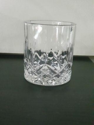 🚚 Glassware $1.50