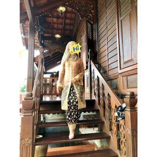 Long Kebaya Organza Embroidery with long batik skirt