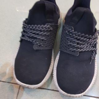 Jual sepatu  Cowok