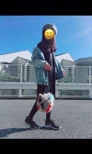 日本知名品牌Sly 混色系毛包款