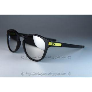 Oakley Latch Valentino Rossi matte black + chrome oo9265-2153 sunglass shades
