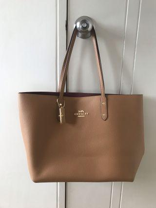 Authentic Coach Leather Tote Bag in Brown