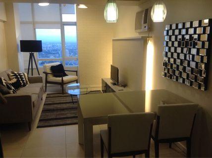 Columns Legaspi 1BR for rent 62sqm