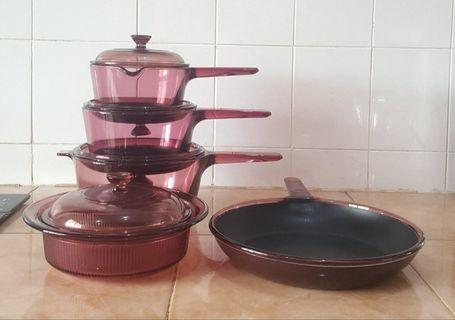 Pyrex corningware vision cranberry cookware