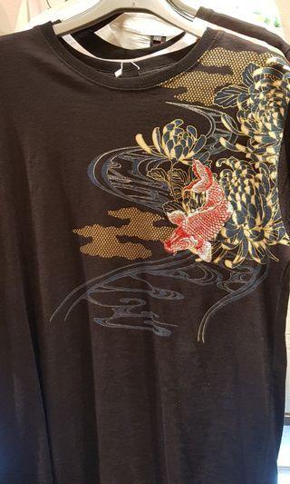 精品刺繡 T恤