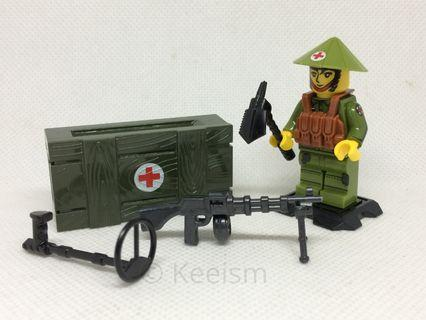 Compatible Lego Minifigures (Not Lego) - Vietnam War (8 soldiers and accessories)