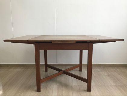 Teak wood dining table for 4-6 people