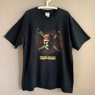 Vintage Pirates of the Caribbean Curse of e black pearl tee
