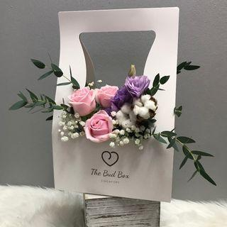 Pastel Pink rose and Eustoma Bloombox
