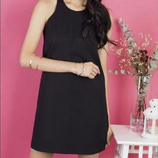FLASH SALE: 3inute Agnessa Black Shift Dress