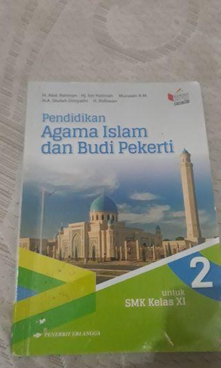 Buku Pendidikan Agama Islam kelas 11 erlangga