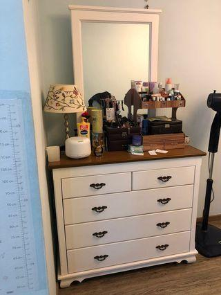 🚚 (Last 7 days) Rare French Design Dressing Table (Solid Wood)